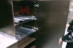 Кухненска колона в кухня с аксесоари