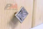 Дръжка за врата на кухненски шкаф