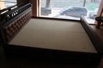 изработка на луксозни спални от масивна дървесина