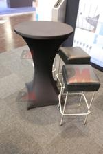 Столове и маси за Вашия кетъринг с различни форми