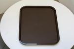 Различни форми табли за сервиране  с покритие  против хлъзгане за посуда за сервиране при олинклузив