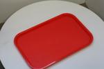 табли за сервиране  с покритие  против хлъзгане за посуда специализирани за самообслужване с доставк