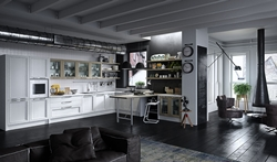 Луксозна бяла кухня с профилни врати